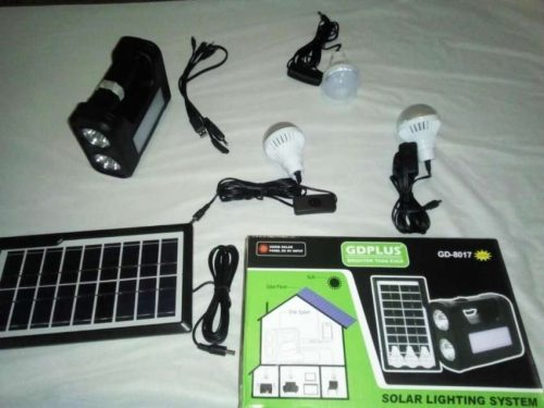 Systeme Solaire + 3 lampes LED + Projecteur (Batterie 9V) photo review